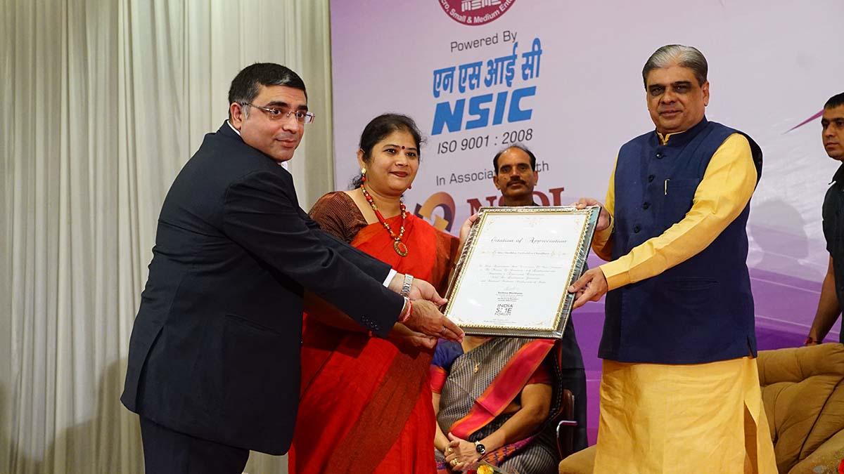 Felicitation of Shri Haribhai Parthibhai Choudhary, Hon'ble Minister of State for MSME, Govt of India by Ms. Sushma Morthania, DG, India SME Forum & Shri Vinod Kumar, President, India SME Forum