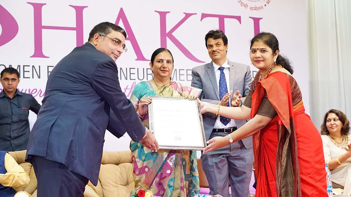 Felicitation of Dr. Nirmla Sunil Wadhwani, Hon'ble Minister of State for Women & Child Development, Govt of Gujarat