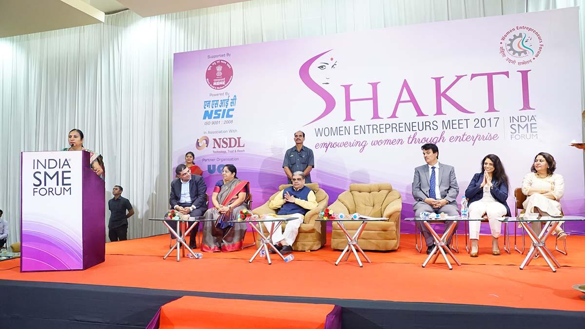 Dr. Nirmla Sunil Wadhwani, Hon'ble Minister of State for Women & Child Development, Govt of Gujarat addressing the delegates