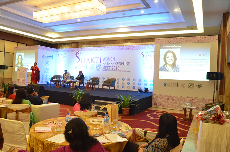 Ms. Sushma Morthania, Director, General India SME Forum conducting the workshop on Business Opportunities for women