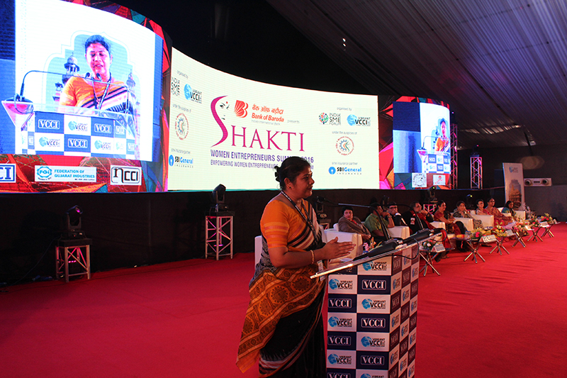 Ms. Sushma Morthania,Director General,ISF addressing the delegates