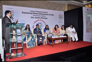 Guest Speakers(L-R)-Mr.Vinod Kumar,Ms.Abha Shah Deora,Mr.Anirban Chatterji,Ms.Reena Jain,Ms.Jaya Juneja,Ms.Unati Singh,Mr.Prahlad Kakkar